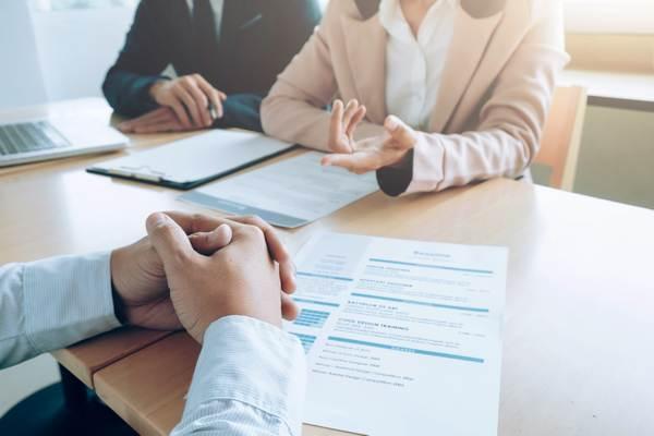 Recrutamento e seleção de novos profissionais